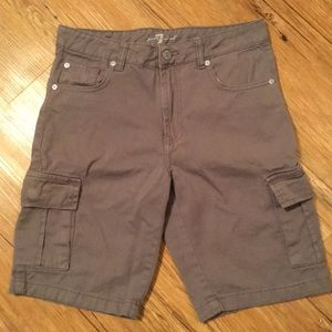7 for all Mankind gray cargo shorts size 12